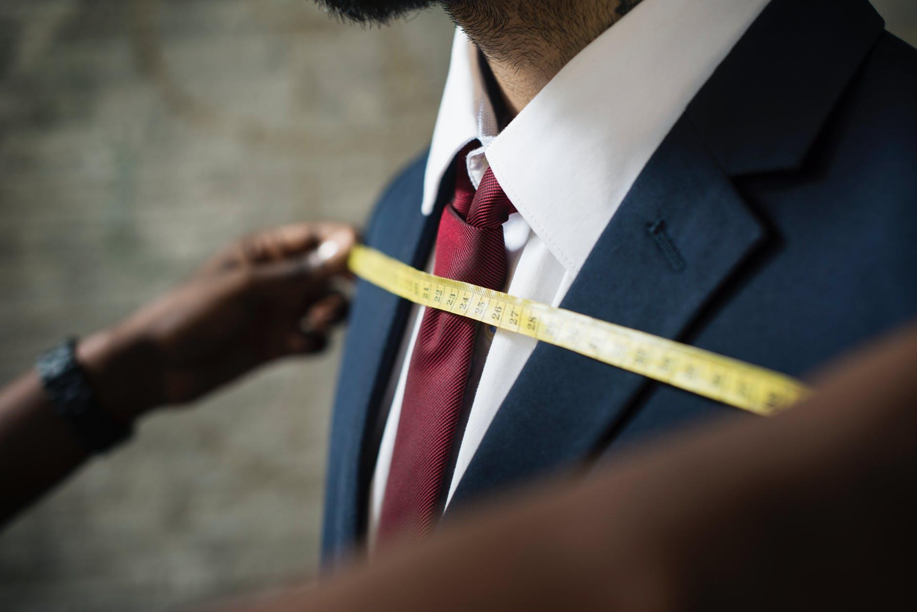 【マッキントッシュ フィロソフィー トロッターシリーズ】スーツの品質や使用感を紹介します!